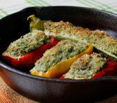 ジューシーな果肉がポイント☆ズッキーニとパプリカの肉詰めレシピ