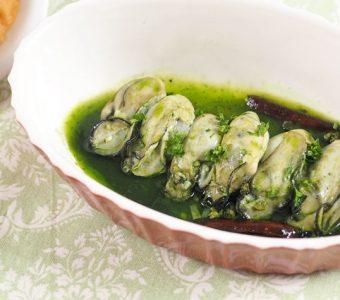 牡蠣とクロレラのコク旨アヒージョ☆レシピ