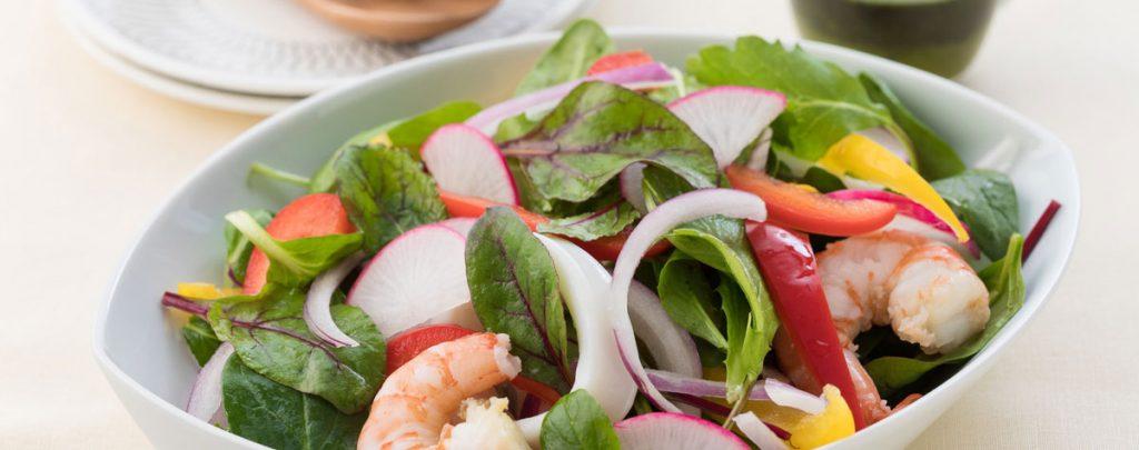 魚介の彩りサラダ クロレラドレッシング添え